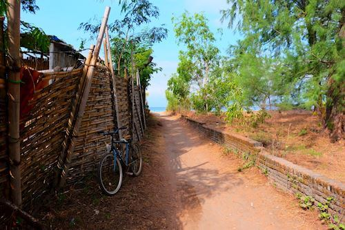 Back alleys of Gili islands, all lead to the great beaches