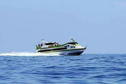 Fast boat 240 seats